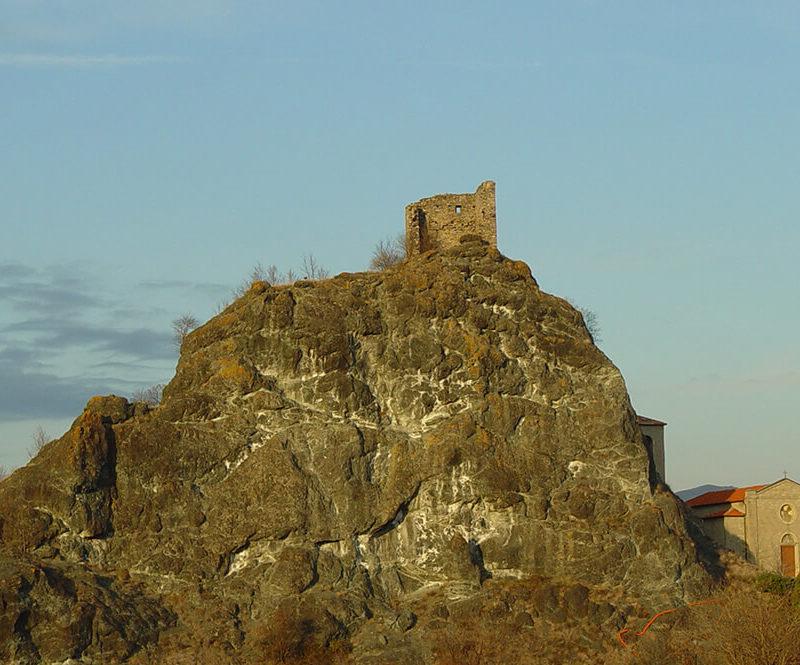Castello di Pietramogolana